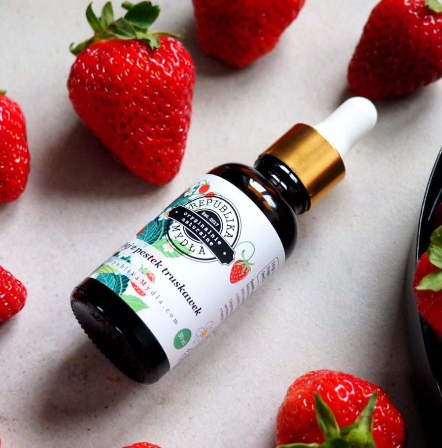 Olej truskawkowy